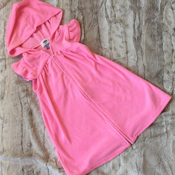 Old Navy Other - Old Navy pink coverup size 4T